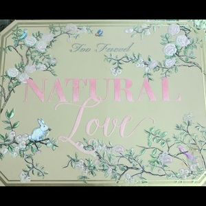 Too Faced National Love eyeshadow palette